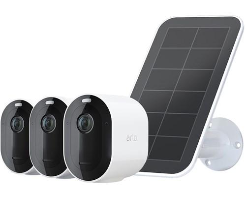 Arlo Arlo Pro 4 Wire-free Spotlight Camera 3-pack + 1 Solar Panel, Vitt